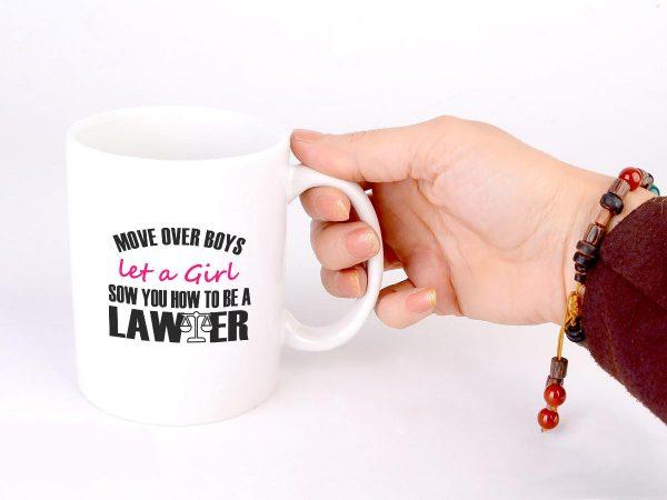 ماگ سفید طرح دختر وکیل